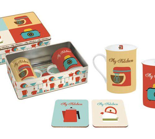 Kpl.2 różnych kubków i 2 różnych podkładek zapakowany w metalową puszkę