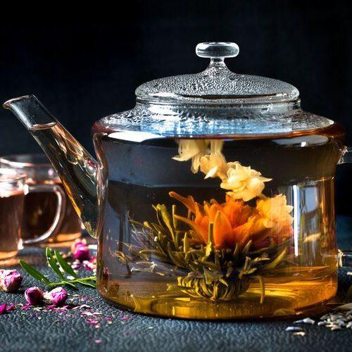 Dzbanek do herbnaty z kolekcji